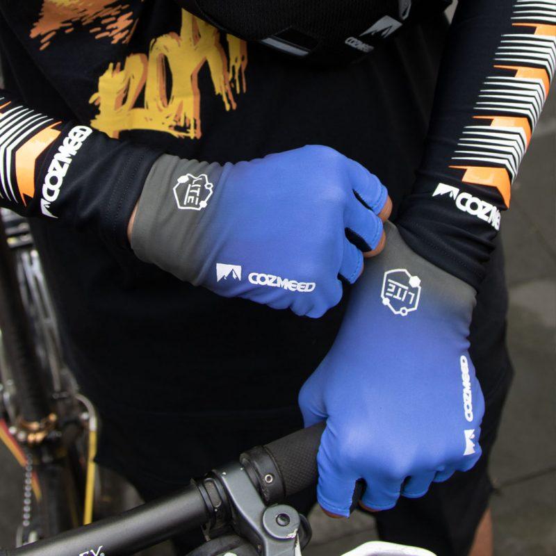 Gambar Sarung Tangan Lundy Blue Black 4